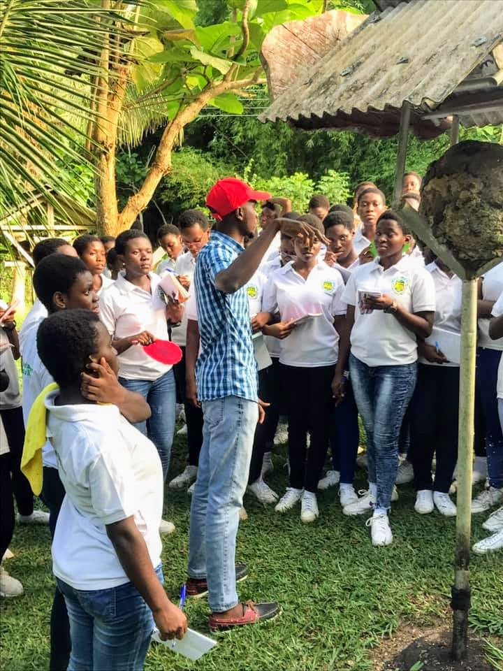 Paul educating students at the Beenest Ghana ecotourism Centre